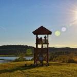 """Wieża widokowa nad jeziorem Kielarskim <i class=""""icon-camera""""></i> <i class=""""icon-film""""></i>"""