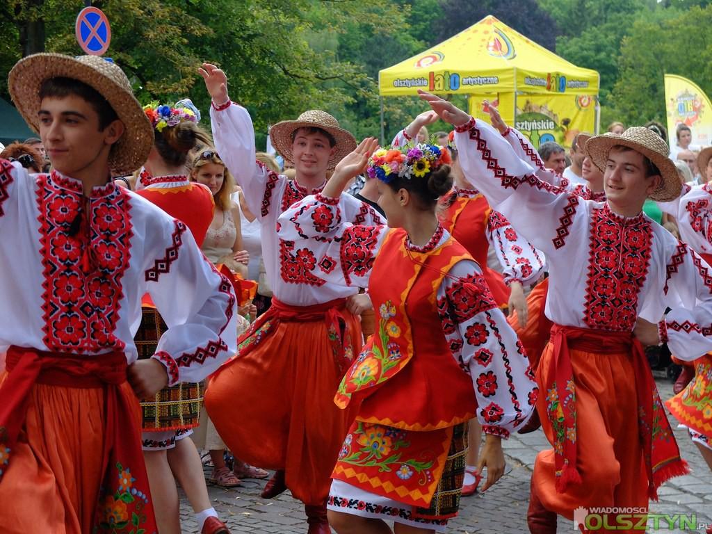 Parada-Zespolow-Folklorystycznych-Olsztyn (79)