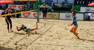 """Stare Jabłonki: FIVB Beach Volleyball World Tour SK Bank Mazury Grand Slam 2014 – Turniej główny kobiet <i class=""""icon-camera""""></i> <i class=""""icon-film""""></i>"""