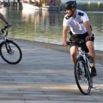 """Policjanci rozpoczęli testy elektrycznych rowerów <i class=""""icon-camera""""></i> <i class=""""icon-film""""></i>"""