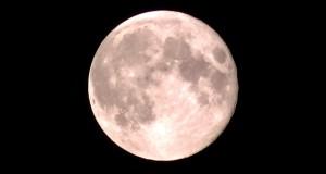 """Superksiężyc nad Olsztynem <i class=""""icon-film""""></i>"""