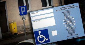 Zmiana terminu ważności kart parkingowych dla osób niepełnosprawnych