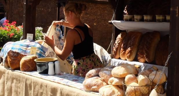 chleb-stoisko