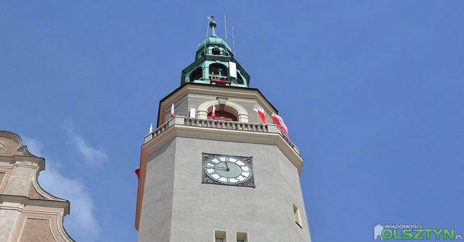 ratusz-flaga