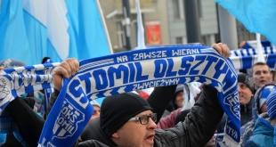 manifestacja-kibicow-stomilu (28)