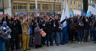 manifestacja-kibicow-stomilu (34)