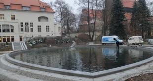 fontanna-w-parku-podzamcze (10)