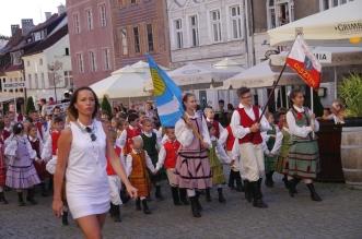 parada-zespolow-folklorystycznych-olsztyn-2016 (1)