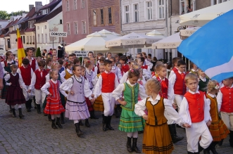 parada-zespolow-folklorystycznych-olsztyn-2016 (2)