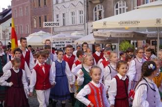 parada-zespolow-folklorystycznych-olsztyn-2016 (3)
