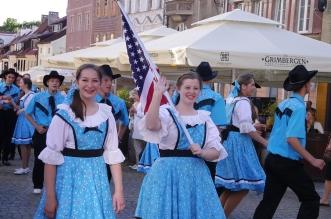 parada-zespolow-folklorystycznych-olsztyn-2016 (47)