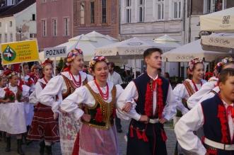 parada-zespolow-folklorystycznych-olsztyn-2016 (5)