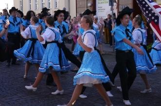 parada-zespolow-folklorystycznych-olsztyn-2016 (54)