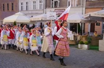 parada-zespolow-folklorystycznych-olsztyn-2016 (8)