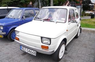 v-zlot-milosnikow-pojazdow-prl (1)