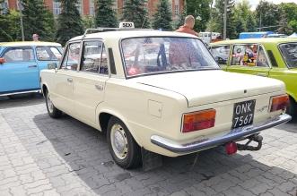 v-zlot-milosnikow-pojazdow-prl (14)