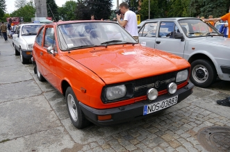 v-zlot-milosnikow-pojazdow-prl (28)
