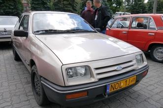 v-zlot-milosnikow-pojazdow-prl (31)