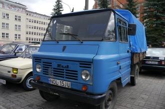 v-zlot-milosnikow-pojazdow-prl (36)