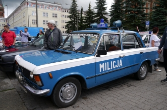 v-zlot-milosnikow-pojazdow-prl (41)