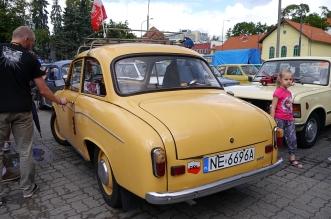 v-zlot-milosnikow-pojazdow-prl (43)
