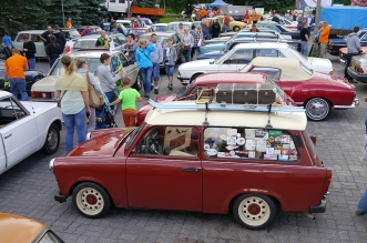 v-zlot-milosnikow-pojazdow-prl (96)