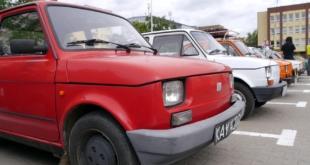 6-zlot-milosnikow-pojazdow-prl (25)