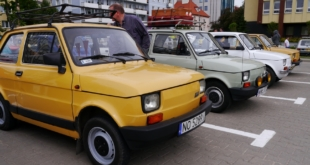 6-zlot-milosnikow-pojazdow-prl (32)