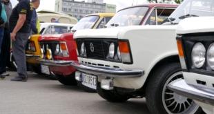 6-zlot-milosnikow-pojazdow-prl (37)