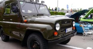 6-zlot-milosnikow-pojazdow-prl (46)
