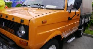 6-zlot-milosnikow-pojazdow-prl (47)