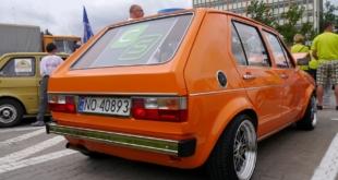 6-zlot-milosnikow-pojazdow-prl (56)