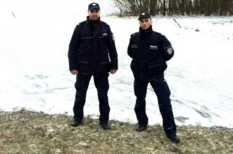 st. sierż. Piotr Olejniczak i st. sierż. Wojciech Ostrowski / fot. policja.gov.pl